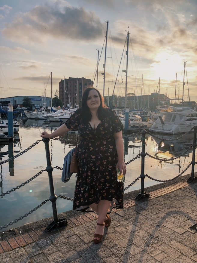 Night out at the Marina wearing plus size Pink Clove Midi Dress
