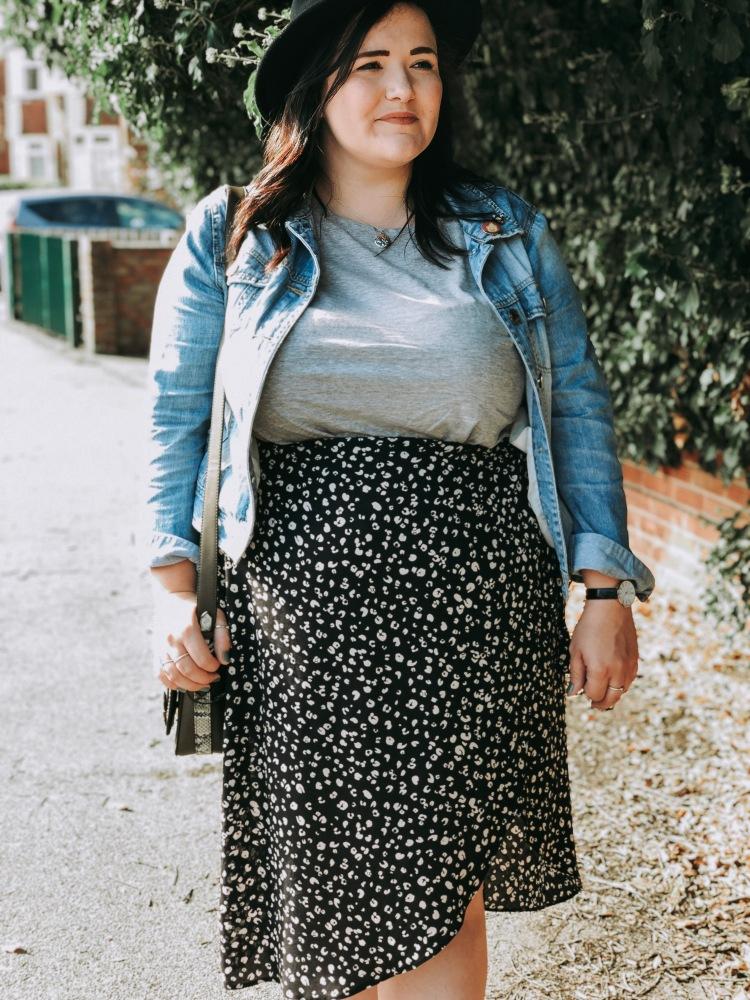 Lizzie Florence Plus size New look midi wrap skirt