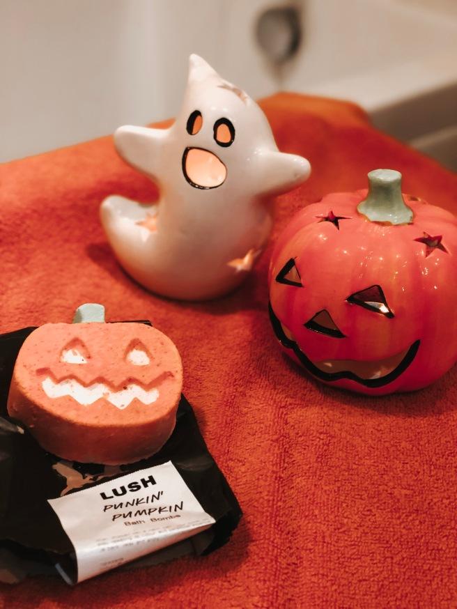 Lizzie Florence Lush Bath Bomb Punkin Pumpkin