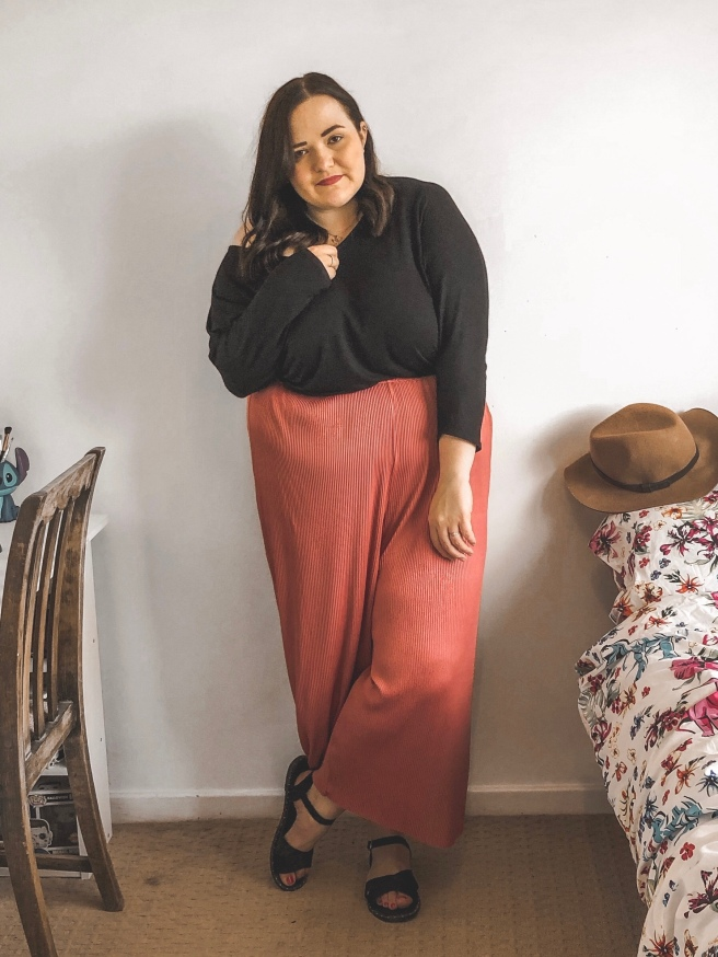 Lizzie Florence Plus Size Looking Forward